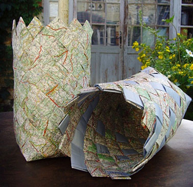 Plaiting-recycled-paper